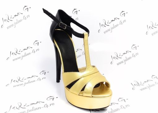 Sandale din piele Very Chic
