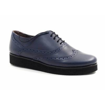 pantofi din piele cu talpa joasa.