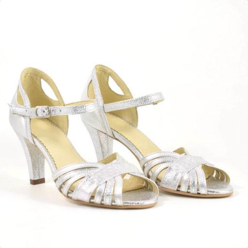 Sandale de mireasa din piele argintie ( 1933)